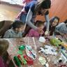 Húsvéti játszóház, tojásfestés